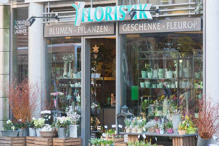 Der Blumenladen in der SchillerGalerie ist eines von drei Geschäften, in  denen Henrik Laubner sein Handwerk betreibt.