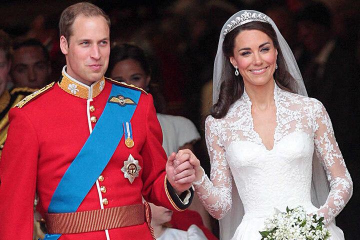 Das Spitzenkleid von Herzogin Kate soll damals ein vernichtendes Urteil der Queen erhalten haben.