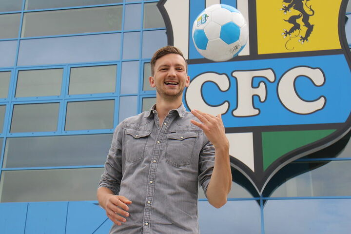 Der gebürtige Erfurter stand zuletzt beim Zweitligisten SpVgg Greuther Fürth unter Vertrag.