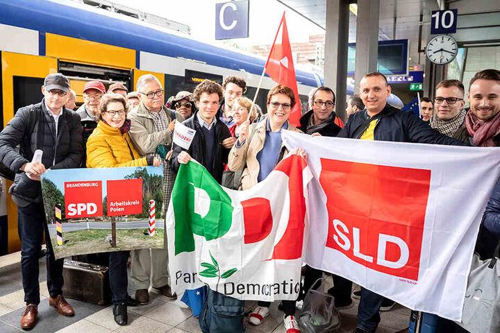 Deutsche, polnische, tschechische und französische Kandidaten reisten mit dem Zug.