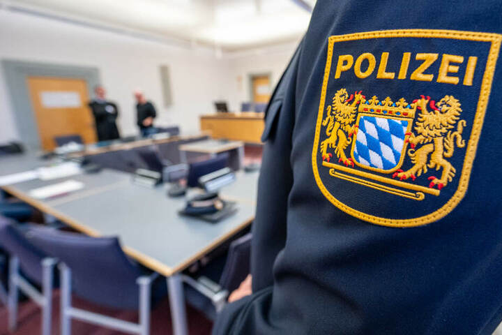 Die Polizei hat die Ermittlungen an der Schule ausgenommen. (Symbolbild)