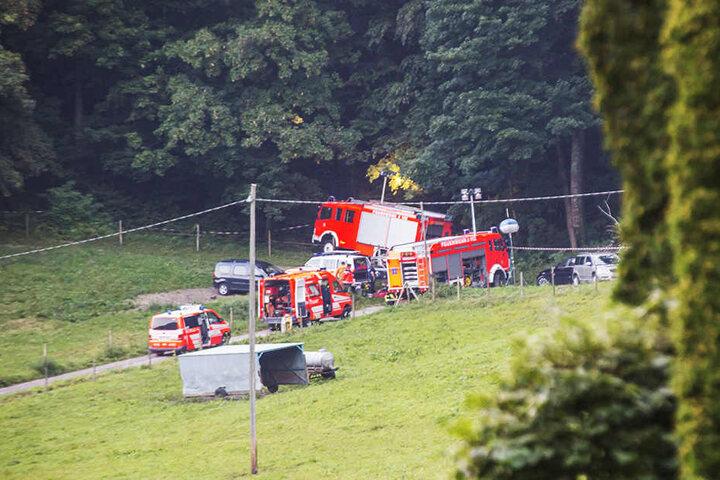 Insgesamt 60 Einsatzkräfte beteiligten sich an der Rettung des verunglückten Piloten.