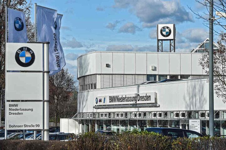 Am BMW-Autohaus an der Dohnaer Straße trieben schon einige Male Idioten ihr Unwesen.