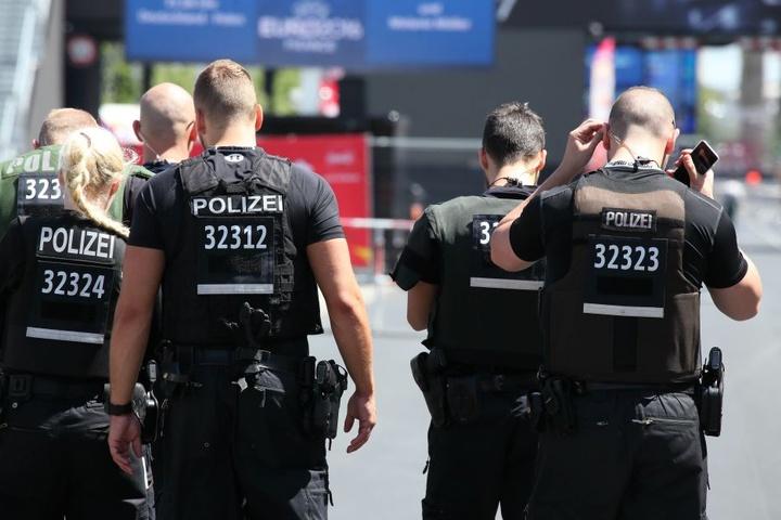 Knapp 2000 Sicherheitskräfte werden in L.-O. aufgeboten. (Symbolbild)