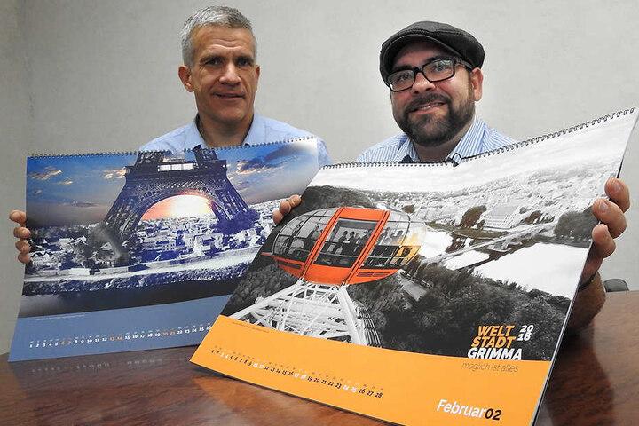 Grimmas Bürgermeister Matthias Berger (l.) und der kreative Kopf des Projektes, Axel Büchler, präsentieren stolz ihren originellen Jahreskalender.