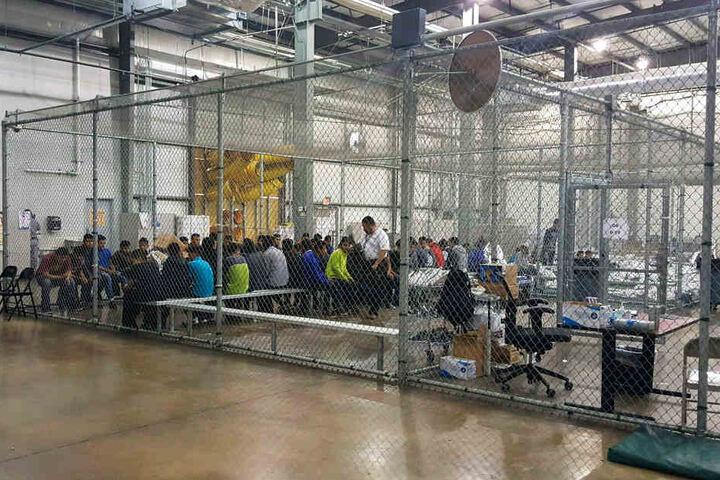 In den USA wurden Kinder von ihren Familien getrennt.