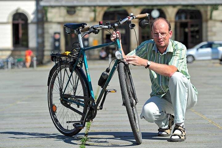DFC-Chef Ralph Sontag (50) hätte gern einen breiten Schnell-Radweg rund um die Innenstadt.