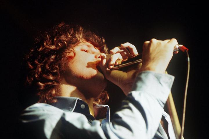 """Jim Morrison bleibt unvergessen. Am Samstag kommt die Tributeband """"The Doors Of Perception"""" nach Erfurt ins Haus sozialer Dienste."""