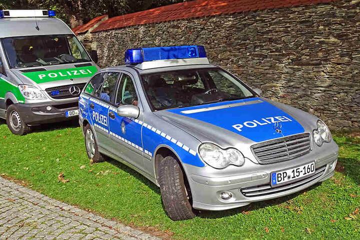 """Bei der zweiten """"Geldübergabe"""" traten die Polizisten auf den Plan und nahmen die Trickbetrüger fest. (Symbolbild)"""