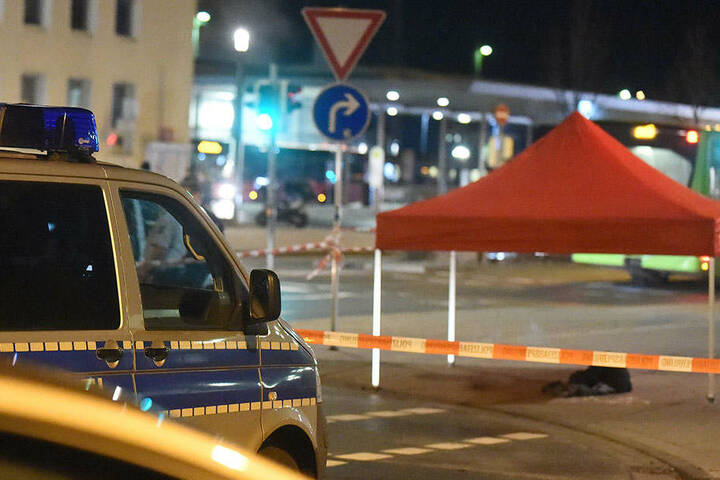 Die Polizei sperrte den Tatort ab.