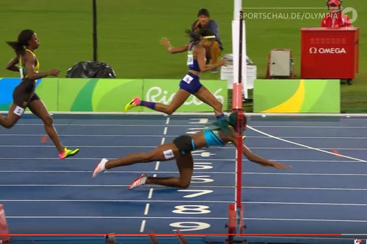 Mit diesem Sprung gewann Miller das 400-Meter-Finale.