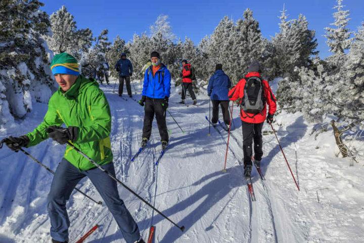 Die Skigebiete im Erzgebirge wurden bereits geräumt.