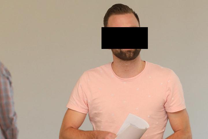 Zeitsoldat Marcel R. (27) soll einen Teenager geschlagen haben.