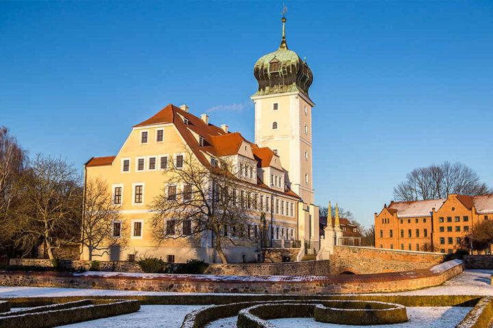 Top 2 im deutschlandweiten Sonnen-Ranking - da strahlt nicht nur das Schloss Delitzsch im winterlichen Sonnenschein.