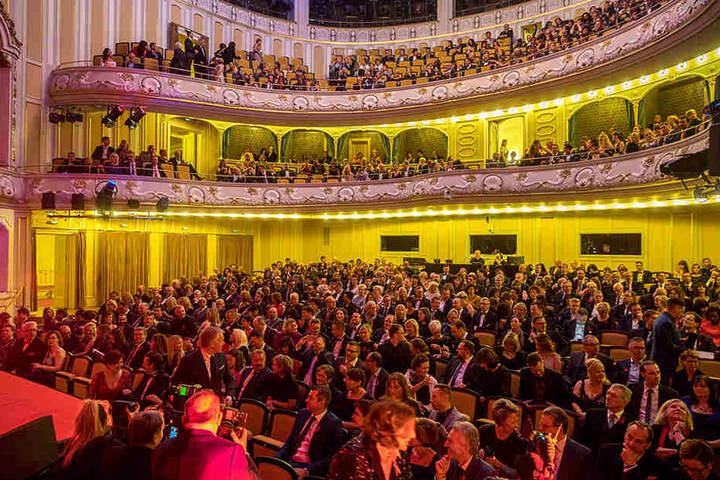 Nach einem Jahr im Kulturpalast kehrt die Hope-Gala 2018 ins Schauspielhaus zurück.