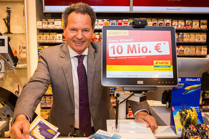 Ließ für 8 Millionen Euro die Tipp-Terminals erneuern: Sachsens Lotto-Chef Siegfried Schenek.