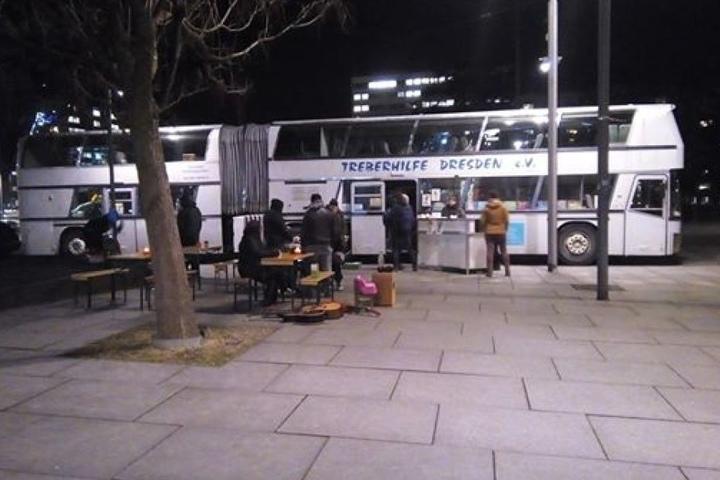 Der Jumbo-Bus der Treberhilfe diente 20 Jahre als Anlaufstelle für Jugendliche. Nun wurde die Förderung eingestellt, der Bus außer Betrieb genommen.