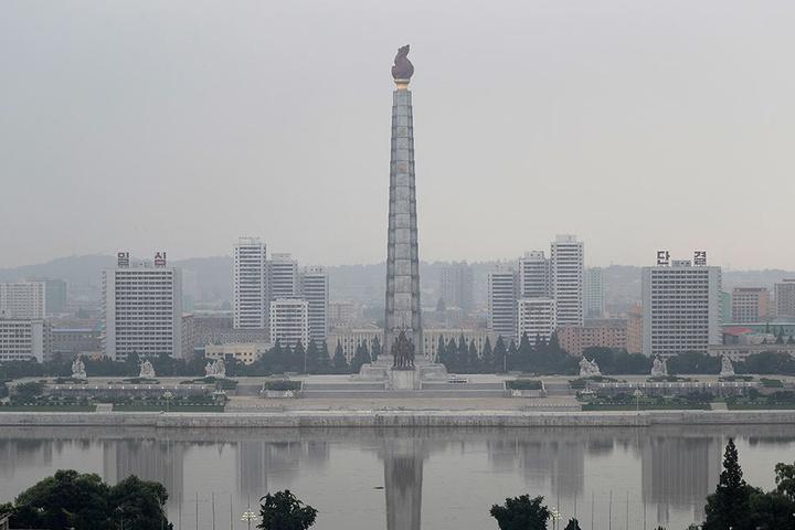 Das Monument der Chuch'e-Ideologie in Pjöngjang.