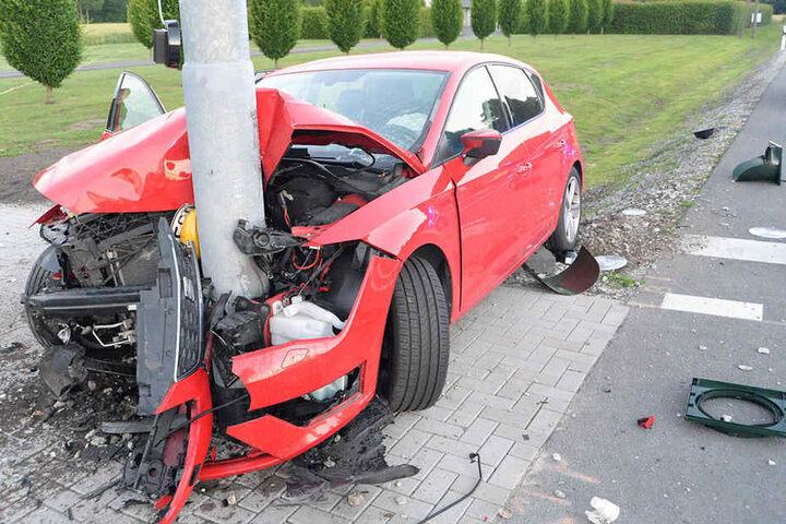 Der Sachschaden liegt laut Polizei bei 50.000 Euro.