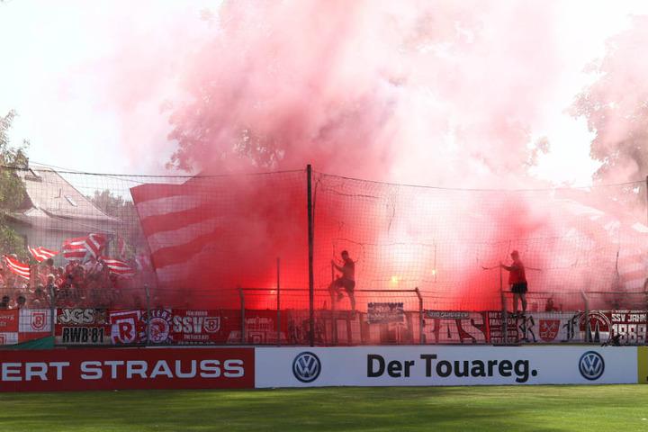 5000 Zuschauer waren im ausverkauften Alfred-Kunze-Sportpark dabei.
