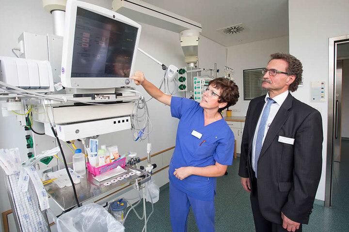 Anke Rudolph (50) und Stephan Lazarides auf der Intensivstation.