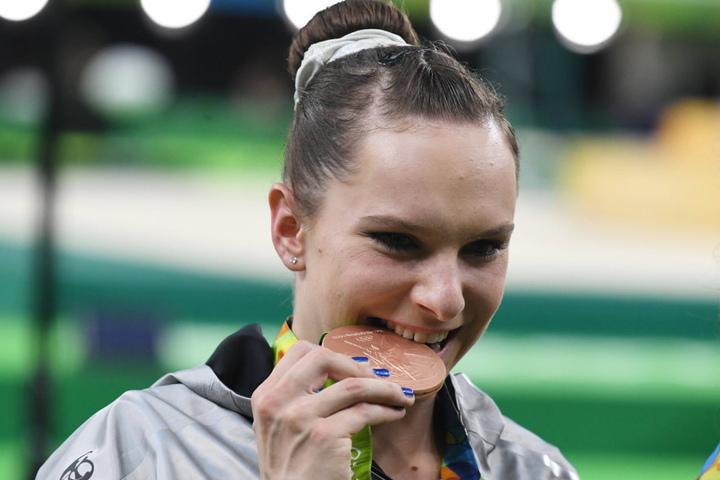 Turnerin Sophie Scheder gewann die Wahl zu Sachsens Sportlerin des Jahres mit 18,69 Prozent der Stimmen.