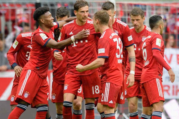 Der FC Bayern München hat die nächste Meisterschaft in der Fußball-Bundesliga selbst in der Hand.