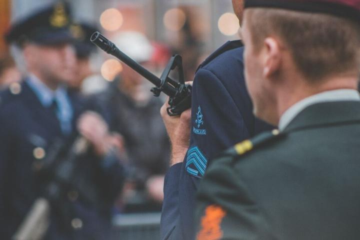 Die EU-Kommission sagt dem Terror den Kampf an. Fingerabdruck soll gegen Identitätenraub schützen.