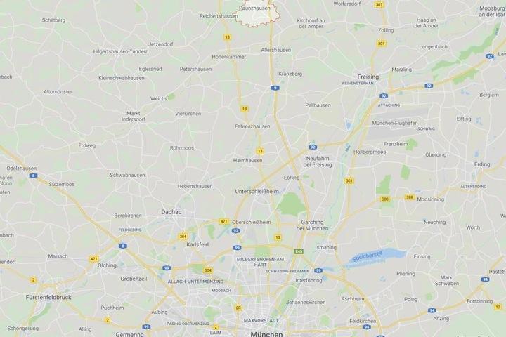 Auf der Autobahn 9 bei Paunzhausen im Landkreis Freising hat sich ein Zwischenfall ereignet.