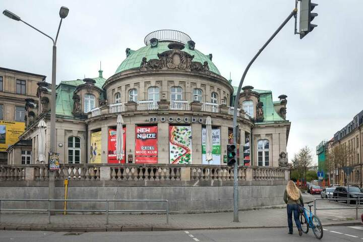 Die Betreiber der Moccabar in der Schumannstraße und die Stadtverwaltung  haben das Projekt Café Paradiesbrücke initiiert.