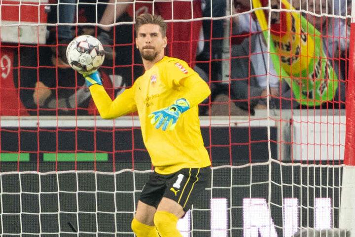 Noch im VfB-Trikot: Ron-Robert Zieler.