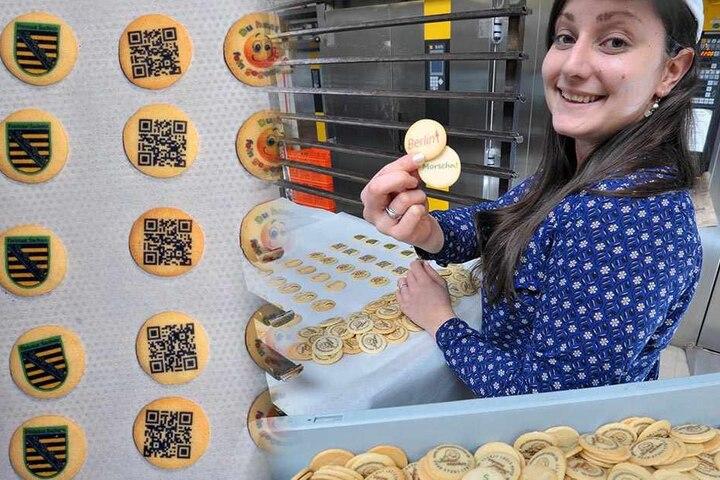 Keks-Prinzessin Nelly Sawiaczinski (26) druckt jedes nur erdenkliche Logo auf ihre Kekse.