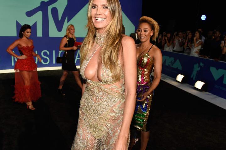 Heidi Klum soll wieder solo unterwegs sein.