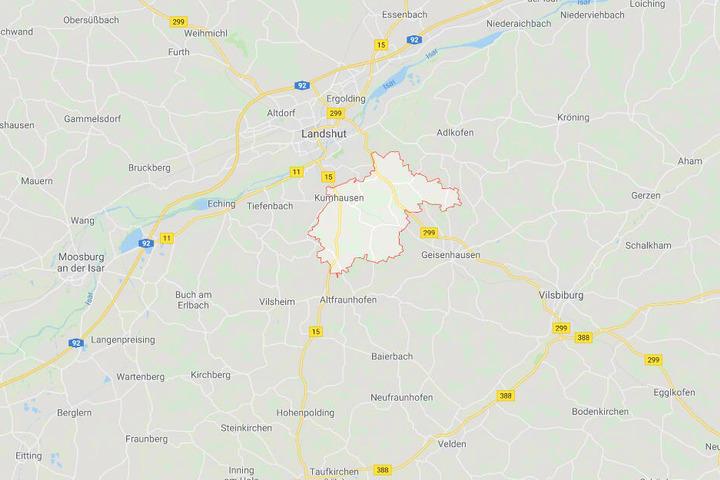 In Kumhausen in Bayern soll es zu dem Übergriff auf den Minderjährigen gekommen sein.