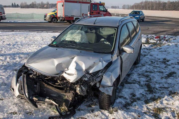 Beide Fahrerinnen wurden verletzt.