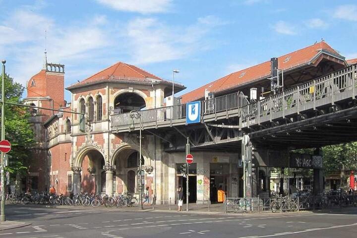 Zwischen dem Schlesischen Tor (Foto) und dem Halleschen Tor werden vom 12. Juni bis 29. Juli keine Züge der U1 fahren.