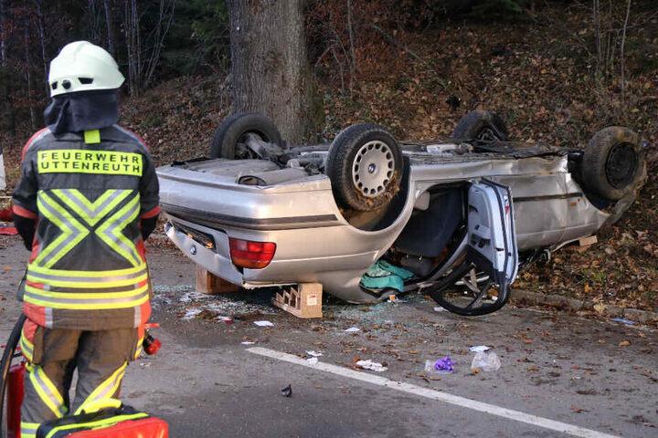Die beiden BMW-Insassen erlitten mittelschwere Verletzungen.