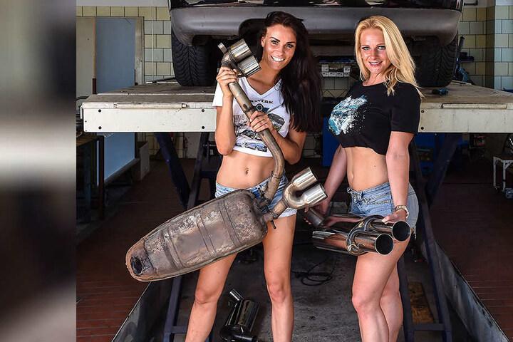 Volles Rohr! Auch der rostige Auspuff des Audi 80 wurde in den letzten Monaten erneuert, Tierfreundin Jana Scholze (30, r.) half mit.