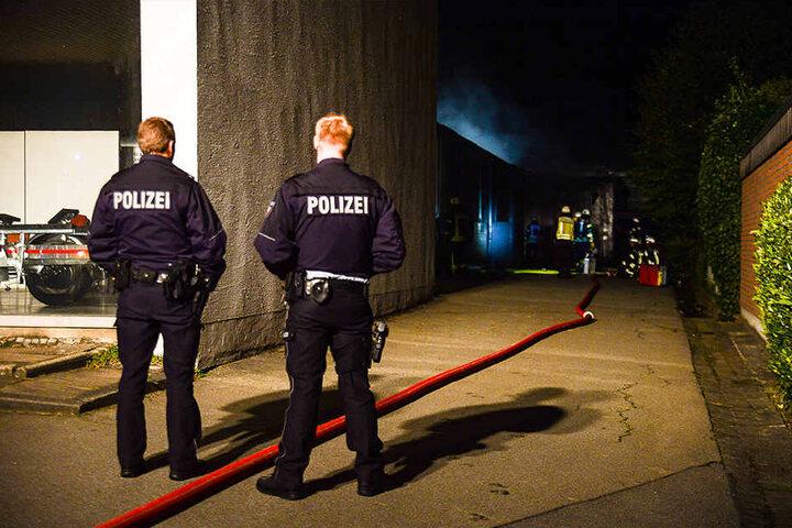 Die Polizei ermittelt jetzt wegen Brandstiftung.