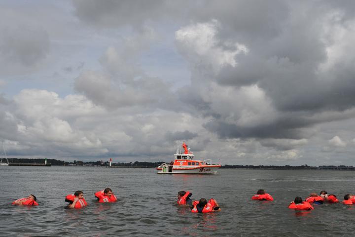 Auf Schiffbrüchige bereiten sich die Retter regelmäßig mit Übungen vor (Symbolfoto).