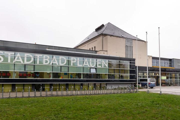 Das Stadtbad bekommt einen Anbau für eine neue 25-Meter-Halle.