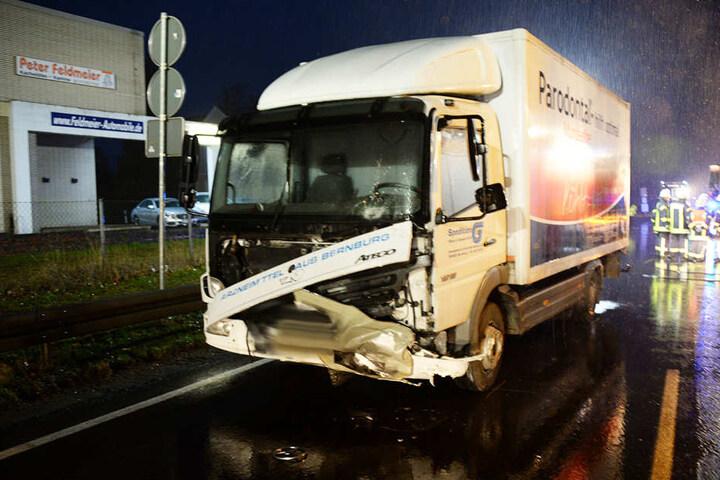 Der Truck hat vergleichsweise nur einen kleinen Schaden davongetragen.
