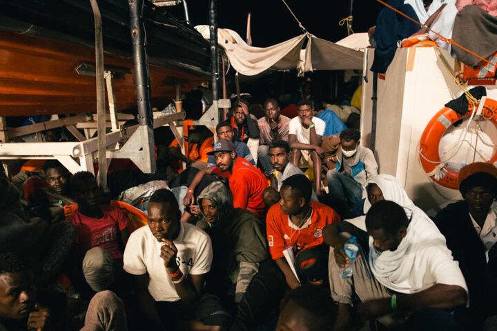 Die Lifeline wurde zur Rettung von Menschen aus dem Mittelmeer eingesetzt.