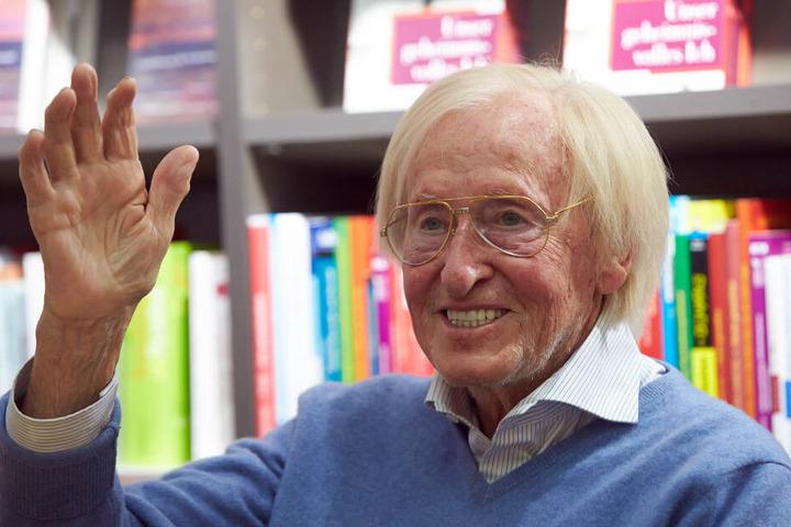 Weltenbummler Rudi Gutendorf ist im Alter von 93 Jahren gestorben. (Archivbild)