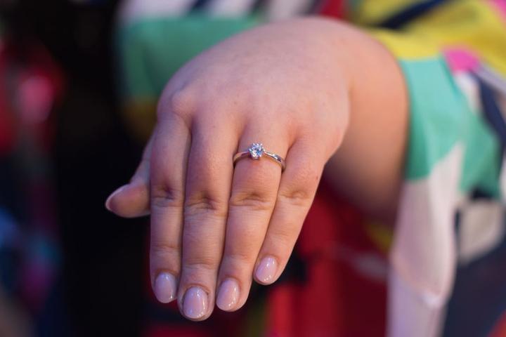 Und so sieht der Ring aus.