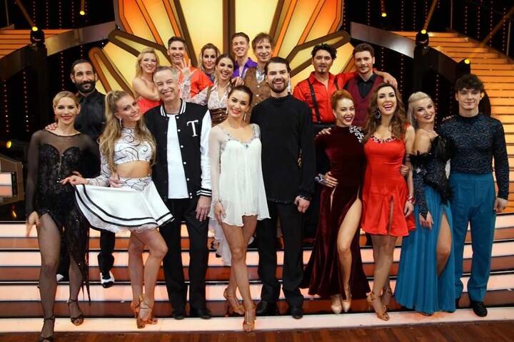Die restlichen neun Tanzpaare sind nächste Woche wieder dabei.