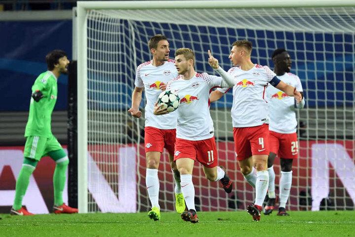 Timo Werner gibt die Richtung vor: Nach dem Aus in der Königsklasse soll es für RB Leipzig in der Europa League noch ein paar Runden weiter gehen.