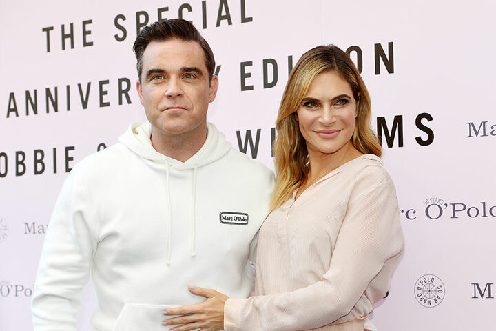 Mit Ayda Field ist Robbie Williams seit 2010 glücklich verheiratet.