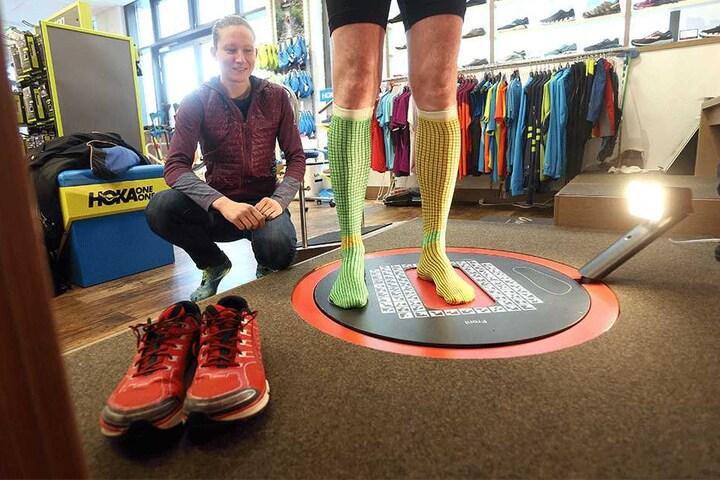 Damit alles bestens passt, können dort Kunden ihre Füße scannen und analysieren lassen.