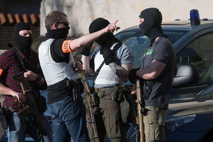 Spezialeinsatzkräfte der Polizei sind in der Innenstadt von Münster im Einsatz.